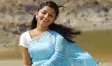 Meera-Jasmine-3.jpg
