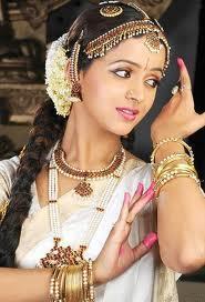 Bhavana-Menon-7.jpg