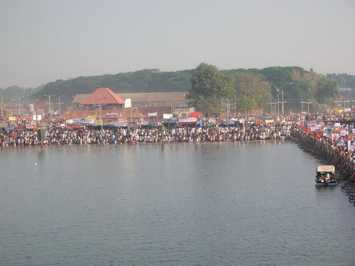 Shivarathri at aluva.jpg