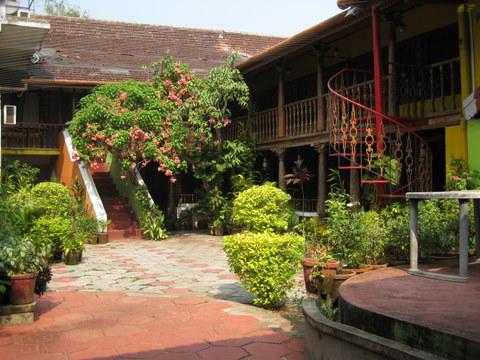 rossittawood Inn courtyard