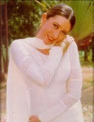 Karishma Kapoor5